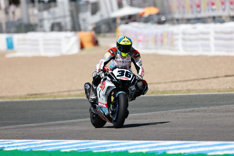 The MIE Racing Honda team ready for Portuguese WorldSBK round